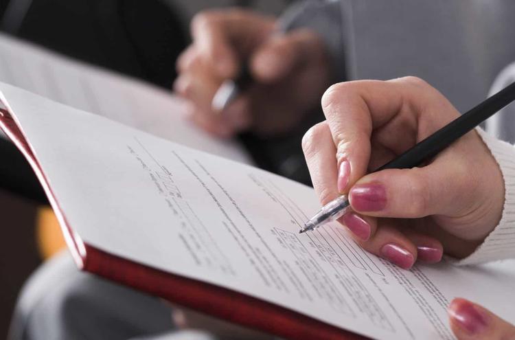 Как получить разрешение на работу в Польше для украинцев и что оно дает?