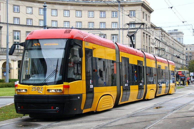 Проезд в общественном транспорте в Польше – стоимость и способы оплаты